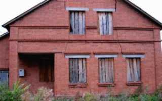 Трещина в стене кирпичного дома: что делать?